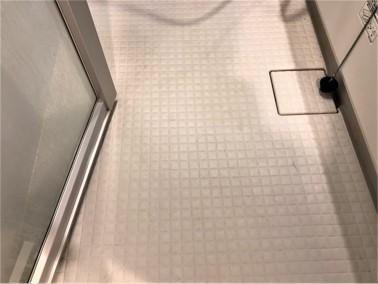 浴室床(サーモフロア)【施工前】