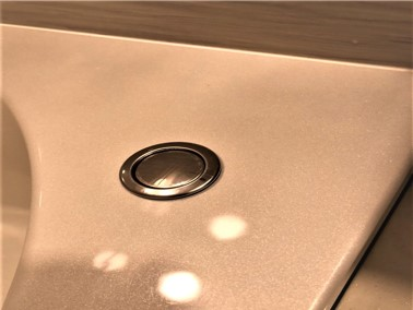 ⑩【施工後】浴槽の天板